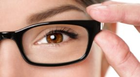 How to strengthen eyesight with 10 healthy foods