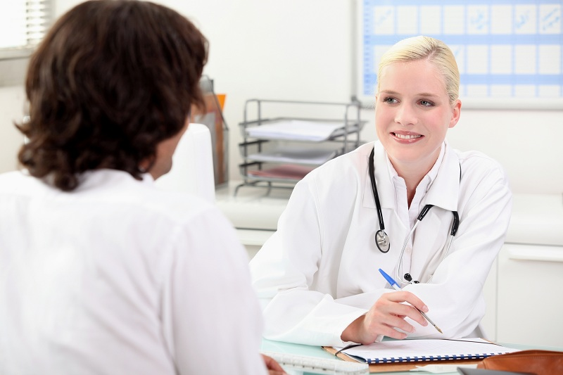 Go to the doctor to detect pancreatic cancer