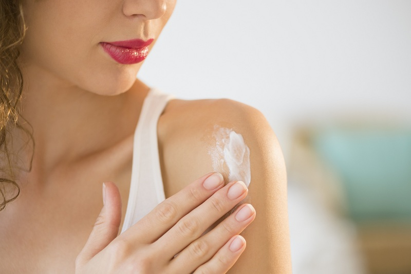 Avoid the use of unreliable sunscreens