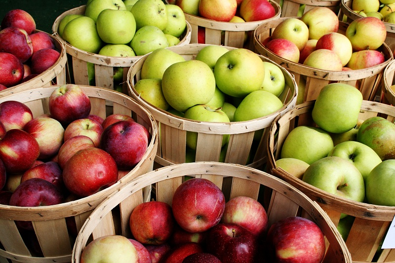 Apples to keep your liver healthy