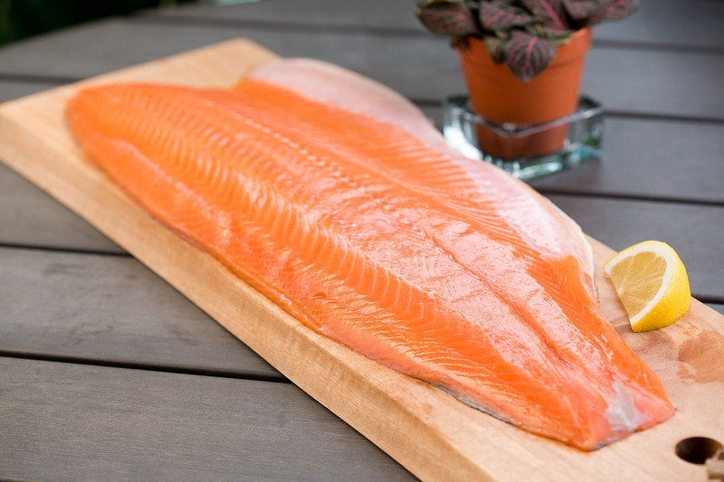 Salmon to improve your memory and focus better