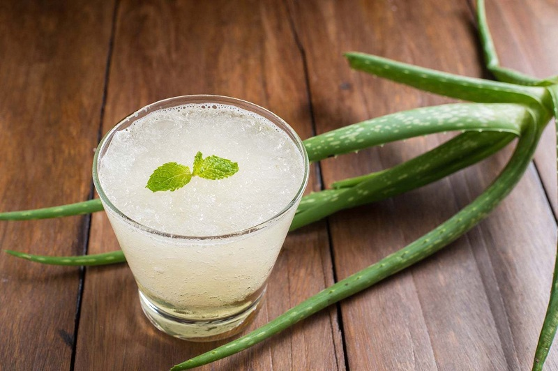 Aloe vera juice to reduce your waist fat